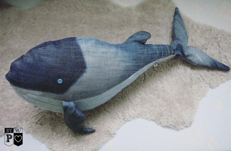 Denim-Wal, Kuscheltier aus alten Jeans